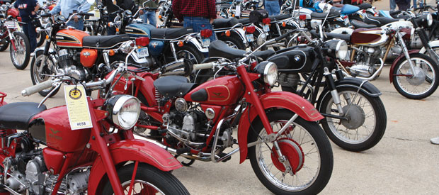 3-Vintage-Rally-Blog-BikeShow