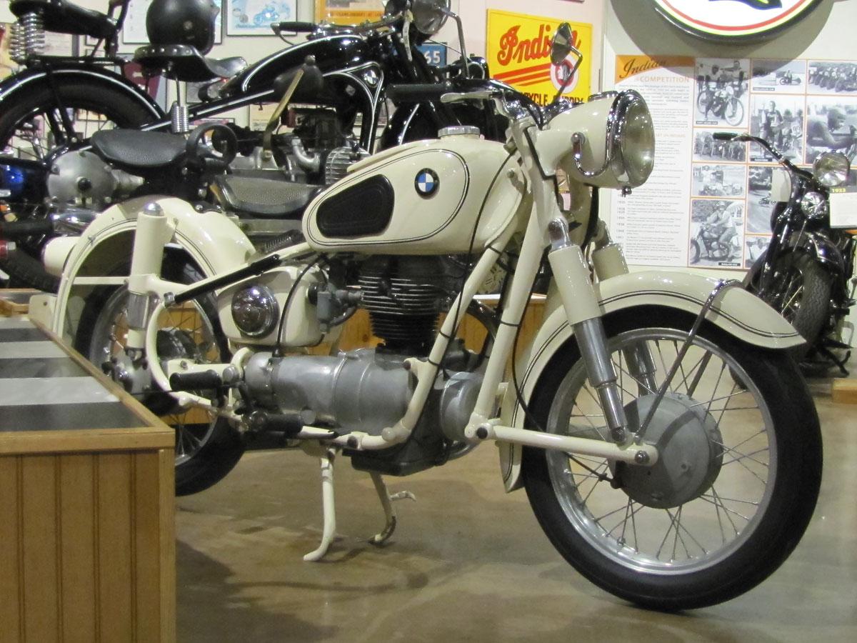 1956-bmw-r26_1