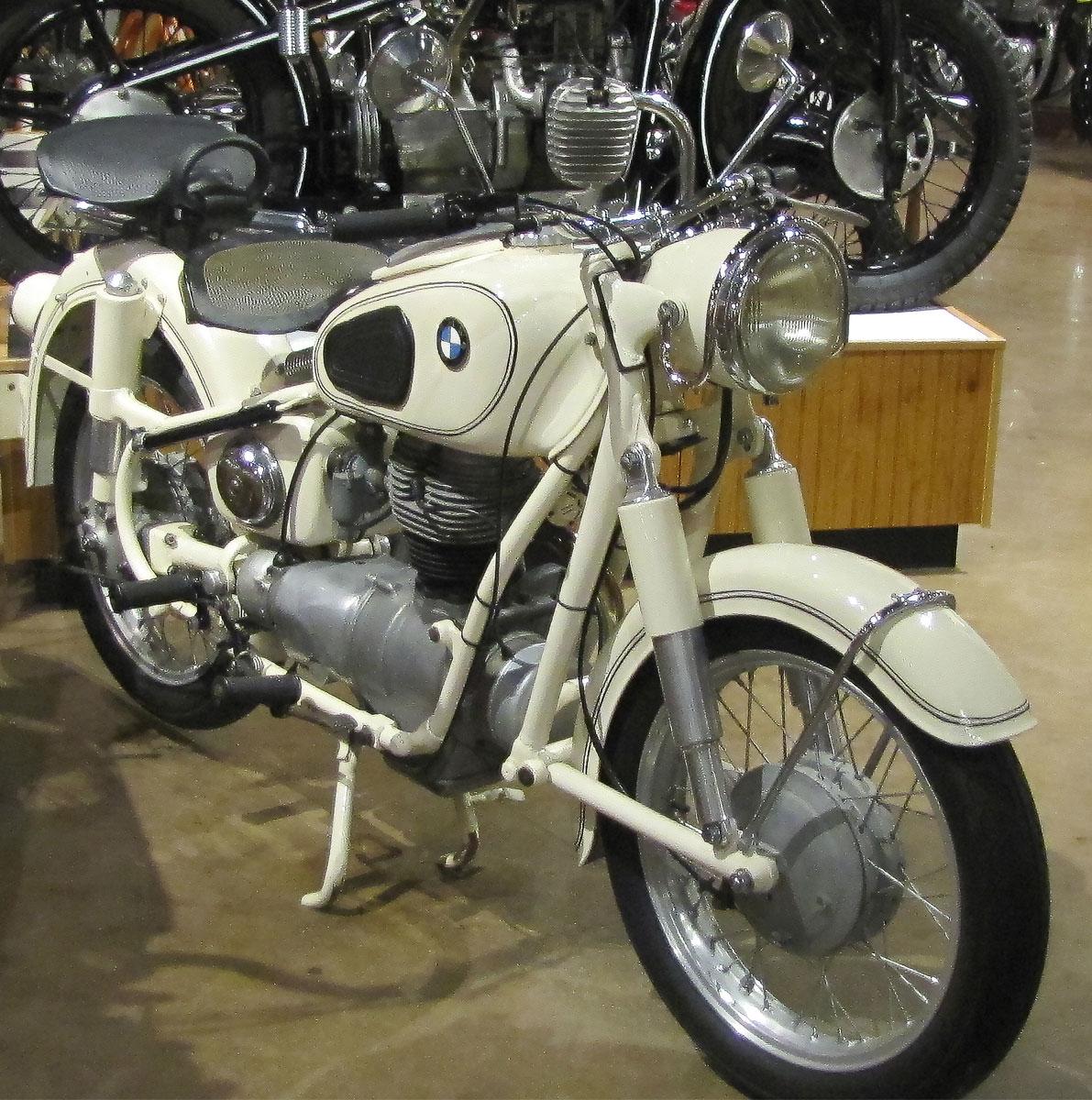 1956-bmw-r26_3