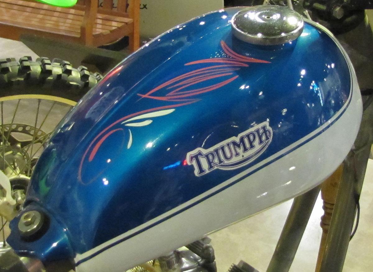 1966-triumph_track_12