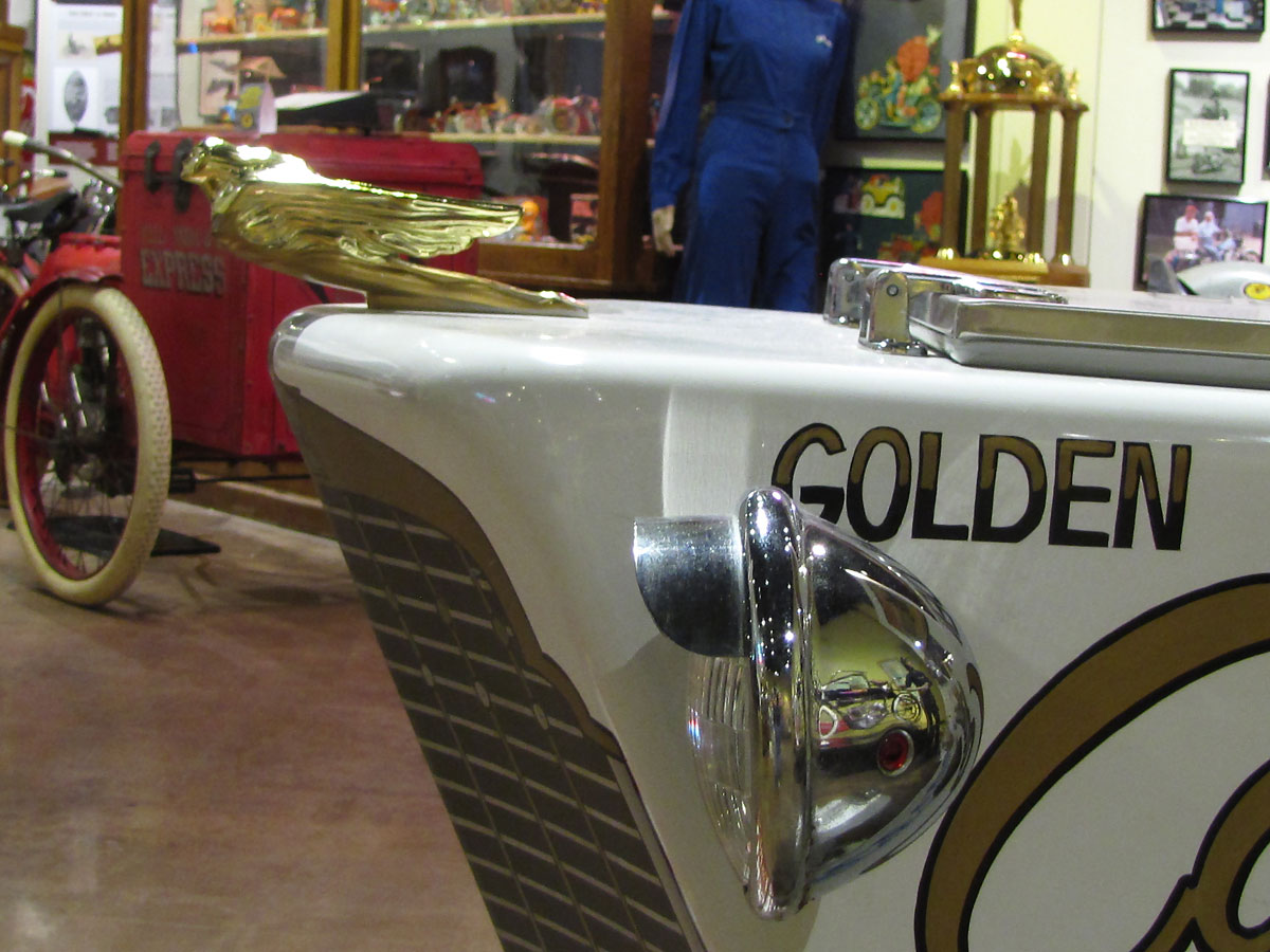 cushman-golden-cadillac-icecream_13
