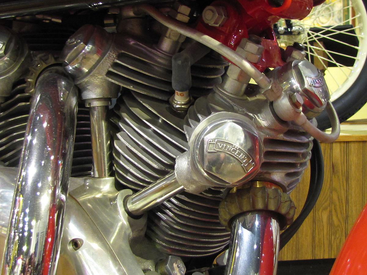 1952-vincent-rapide_26