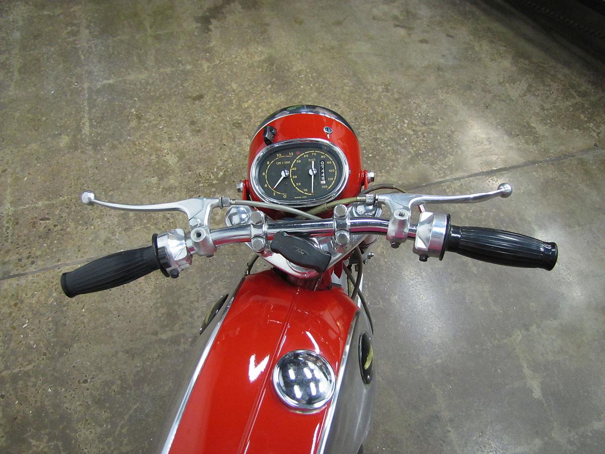 1965 Honda Super Hawk_12