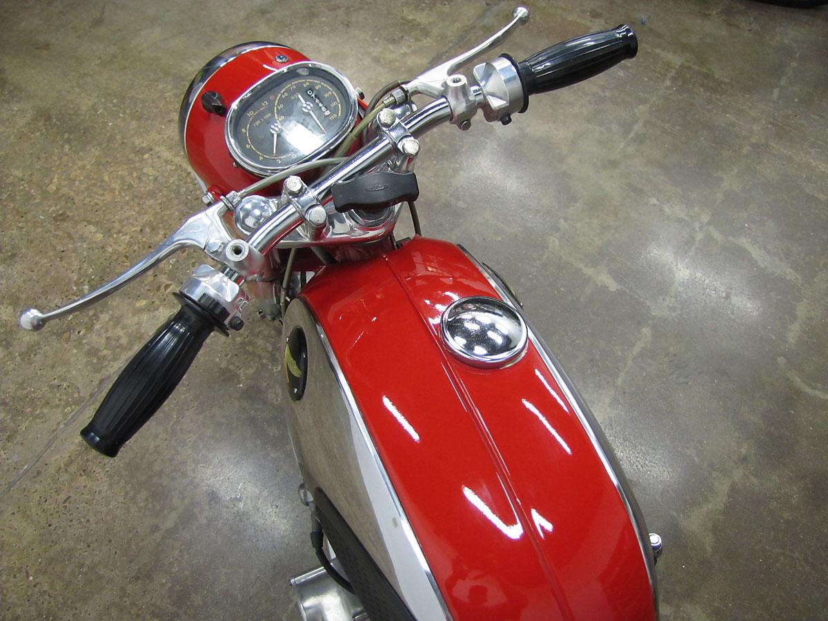 1965 Honda Super Hawk_17