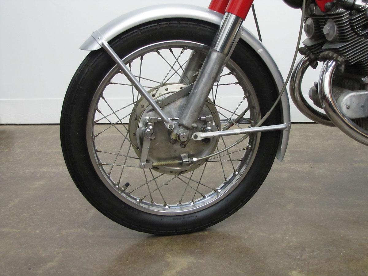 1965 Honda Super Hawk_20
