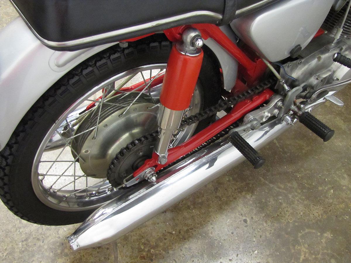 1965 Honda Super Hawk_27