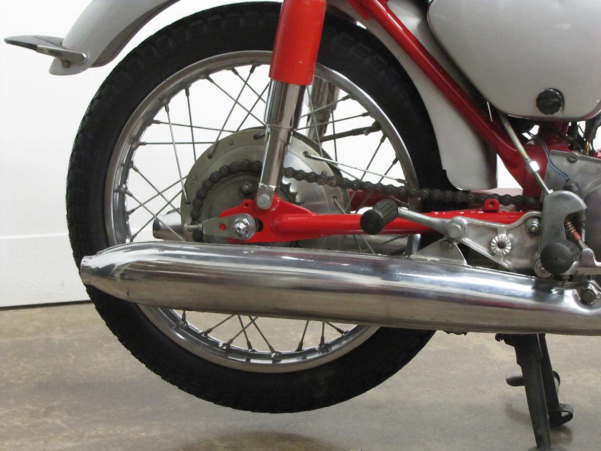 1965 Honda Super Hawk_8