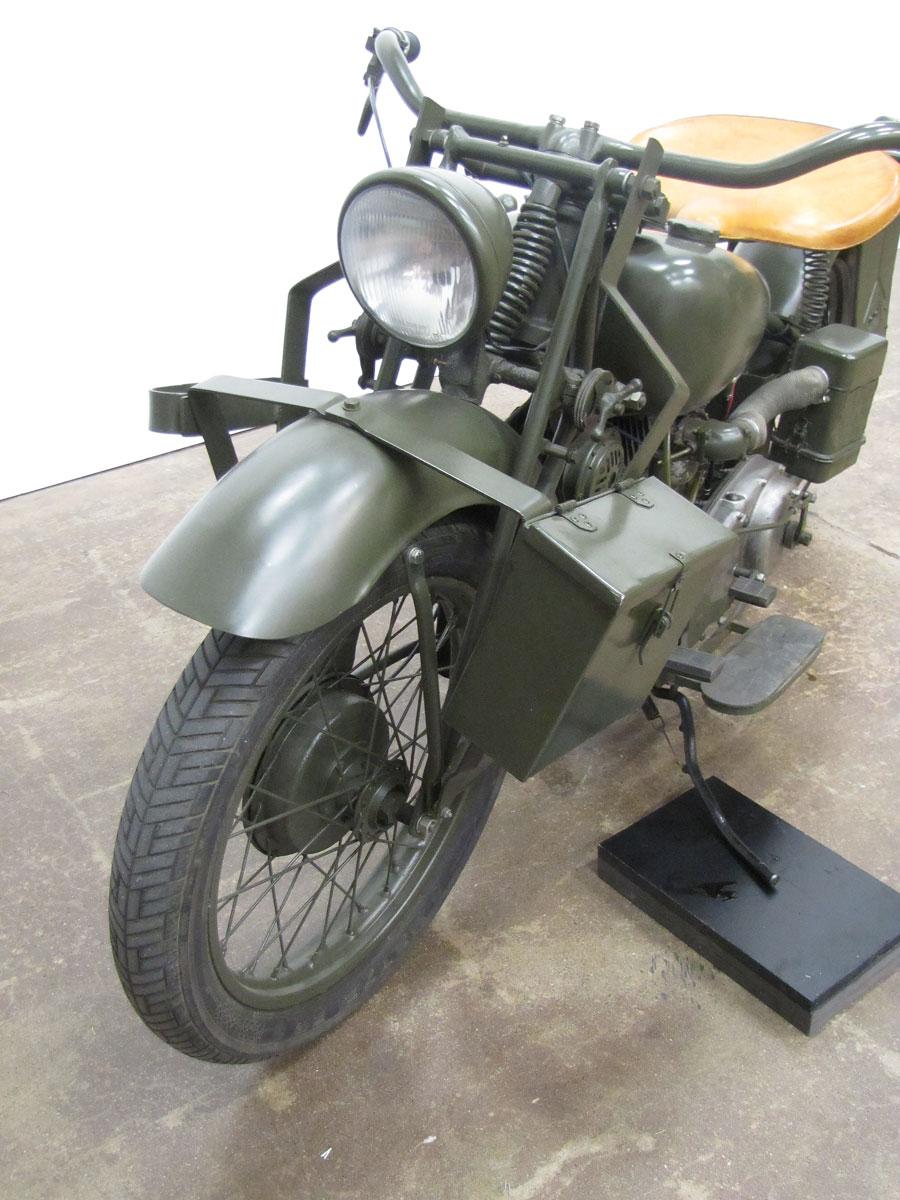 1942-indian-model-741B-Army_27