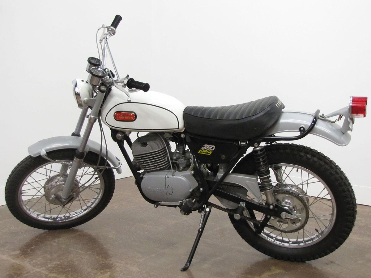 1968-yamaha-dt_2