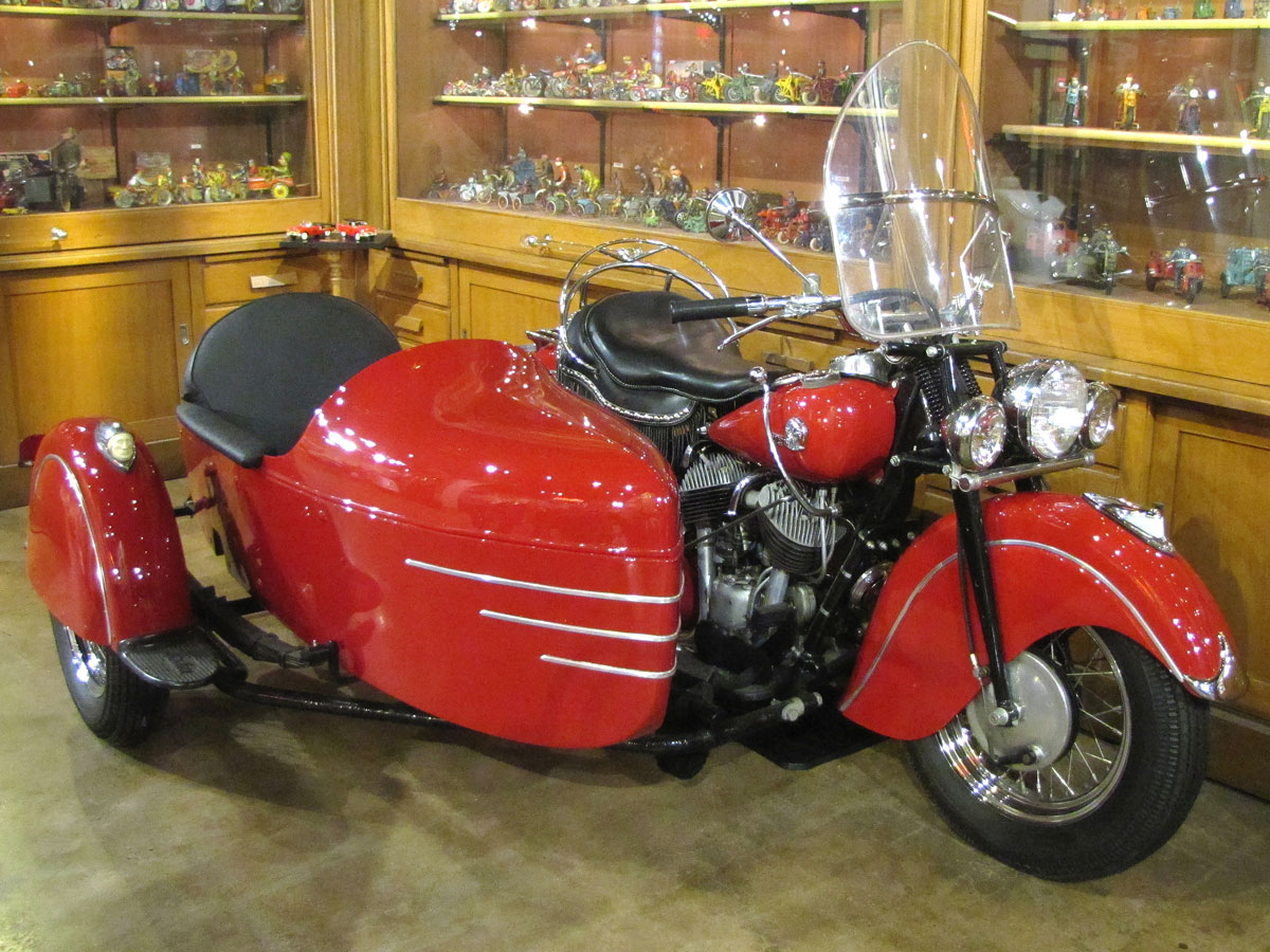 1946-Indian-Chief_2