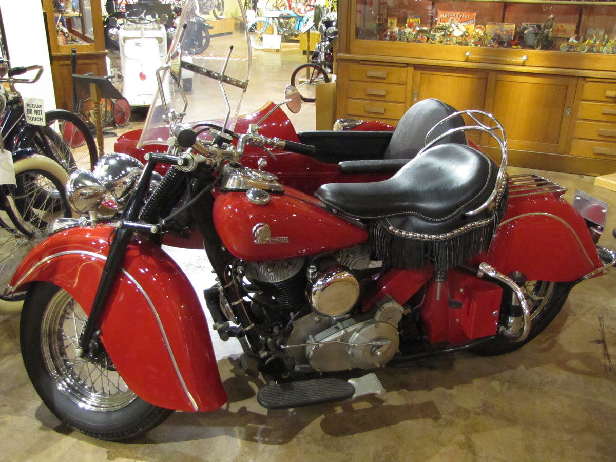 1946-Indian-Chief_3