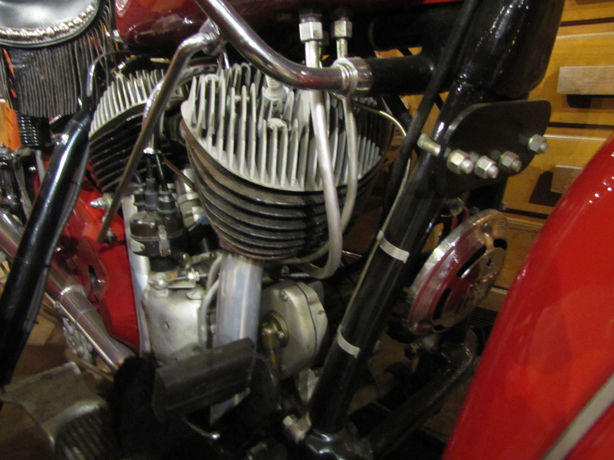 1946-Indian-Chief_32