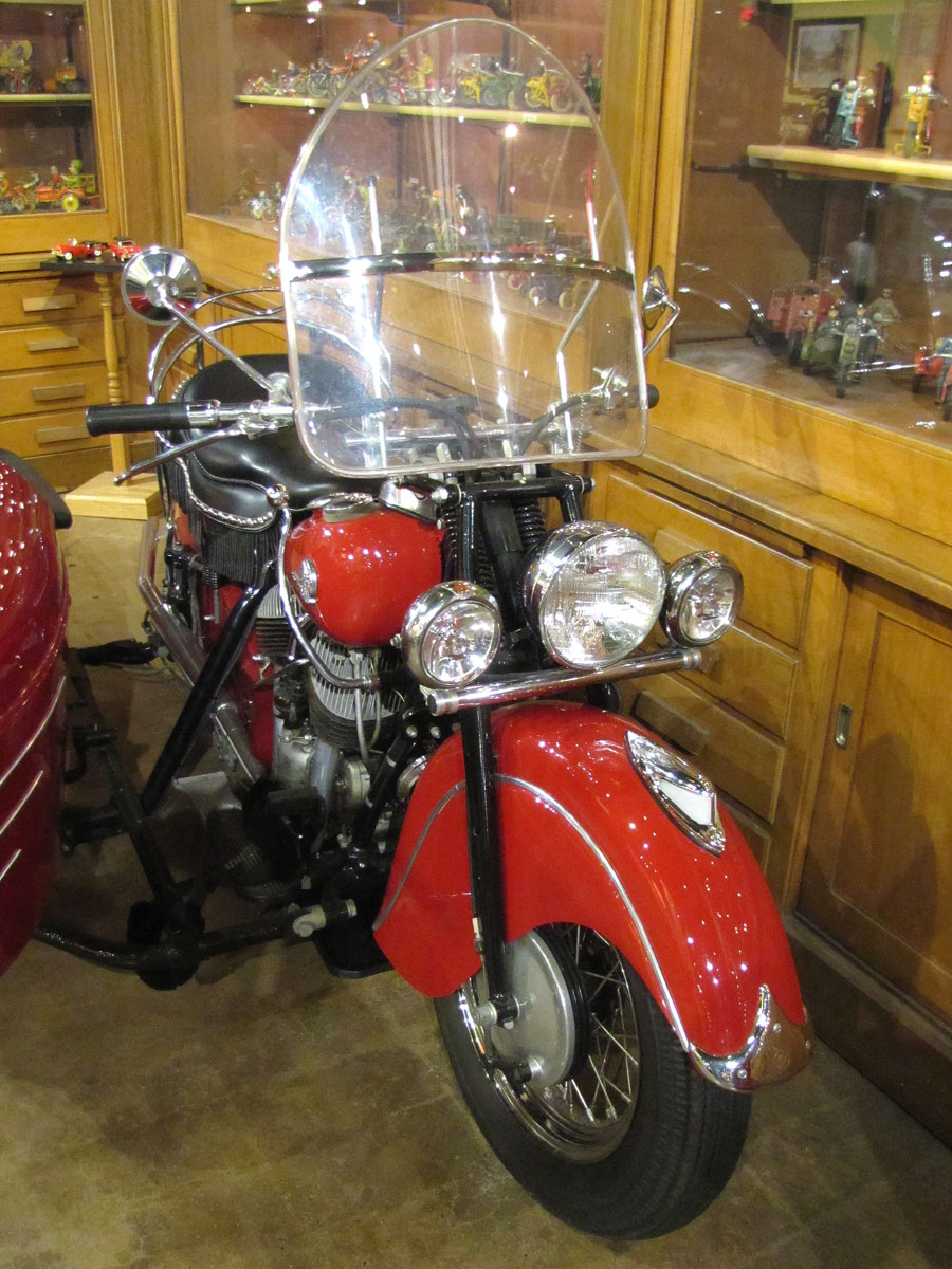1946-Indian-Chief_7