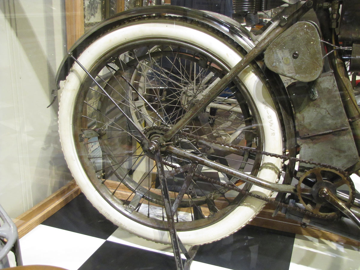 1908-harley-davidson-strap-tank_17