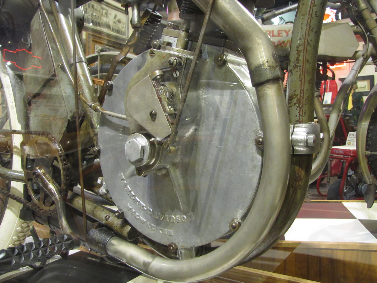 1908-harley-davidson-strap-tank_27
