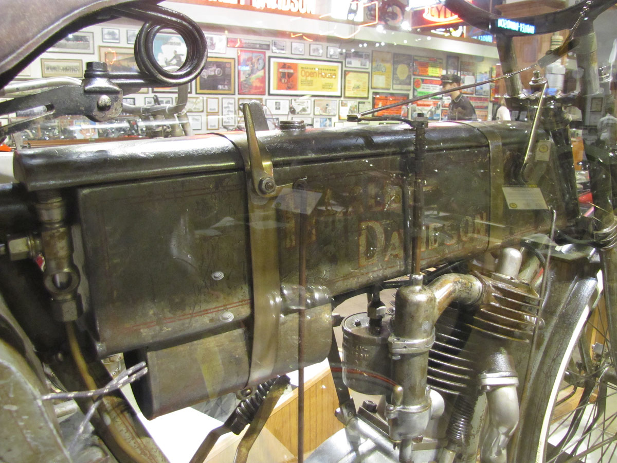 1908-harley-davidson-strap-tank_8