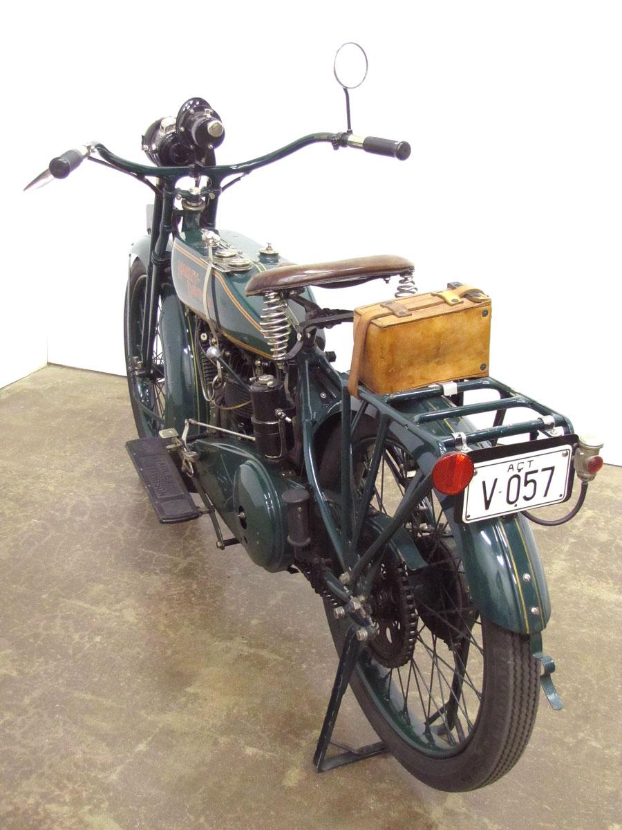 1919-harley-davidson-j_3
