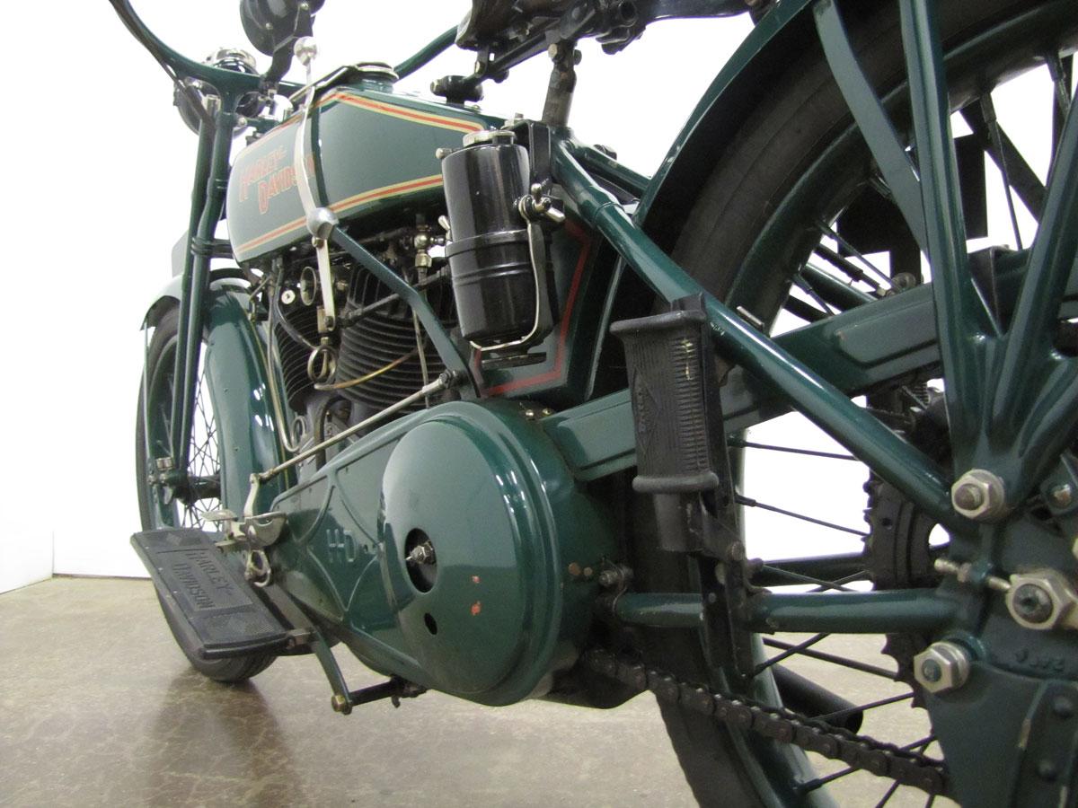1919-harley-davidson-j_41