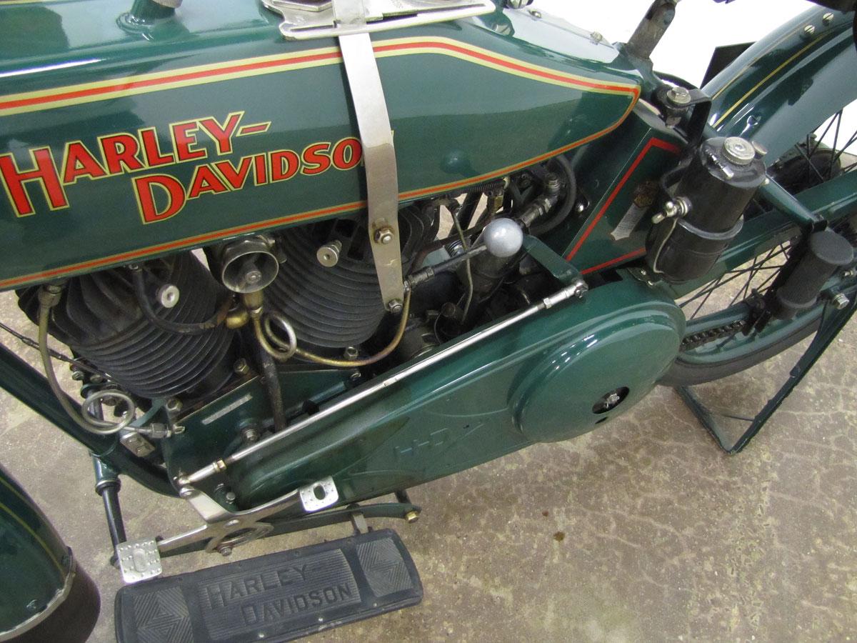 1919-harley-davidson-j_42