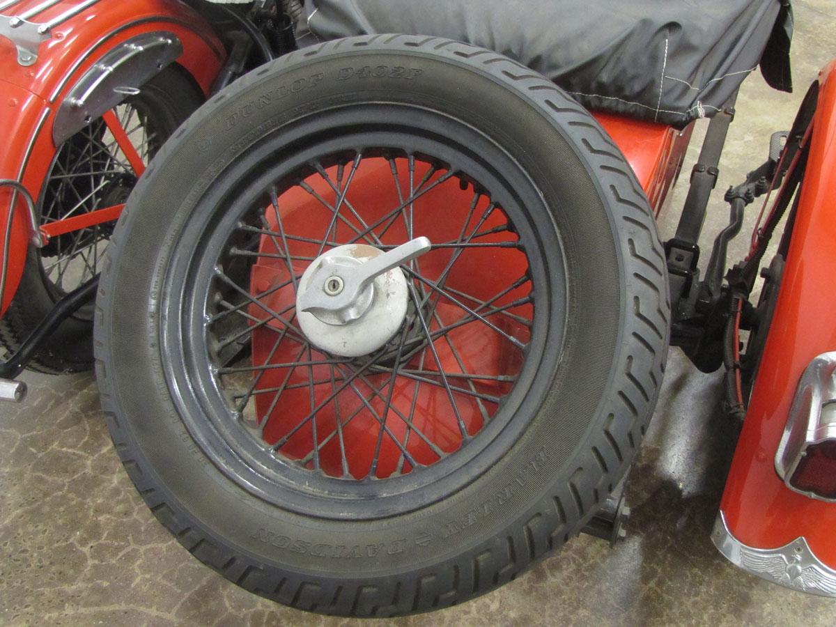 1947-Harley-Davidson-KnuckleheadEL-Sidecare-Rig_25