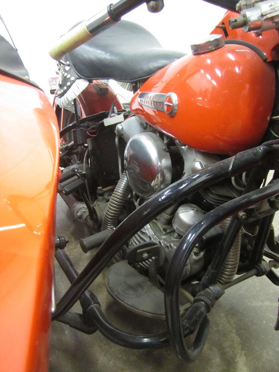 1947-Harley-Davidson-KnuckleheadEL-Sidecare-Rig_40