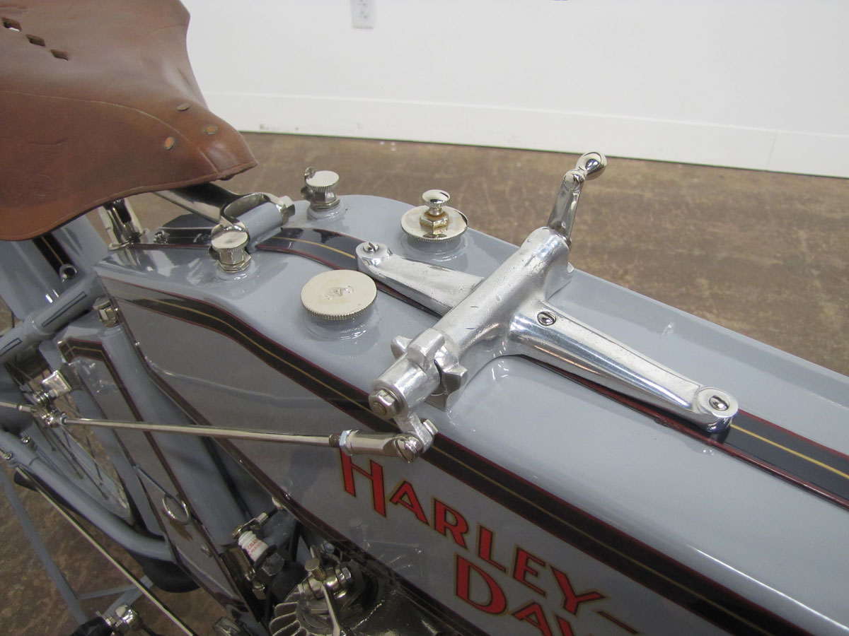1914-Harley-Davidson-Model-10-F-Twin_10
