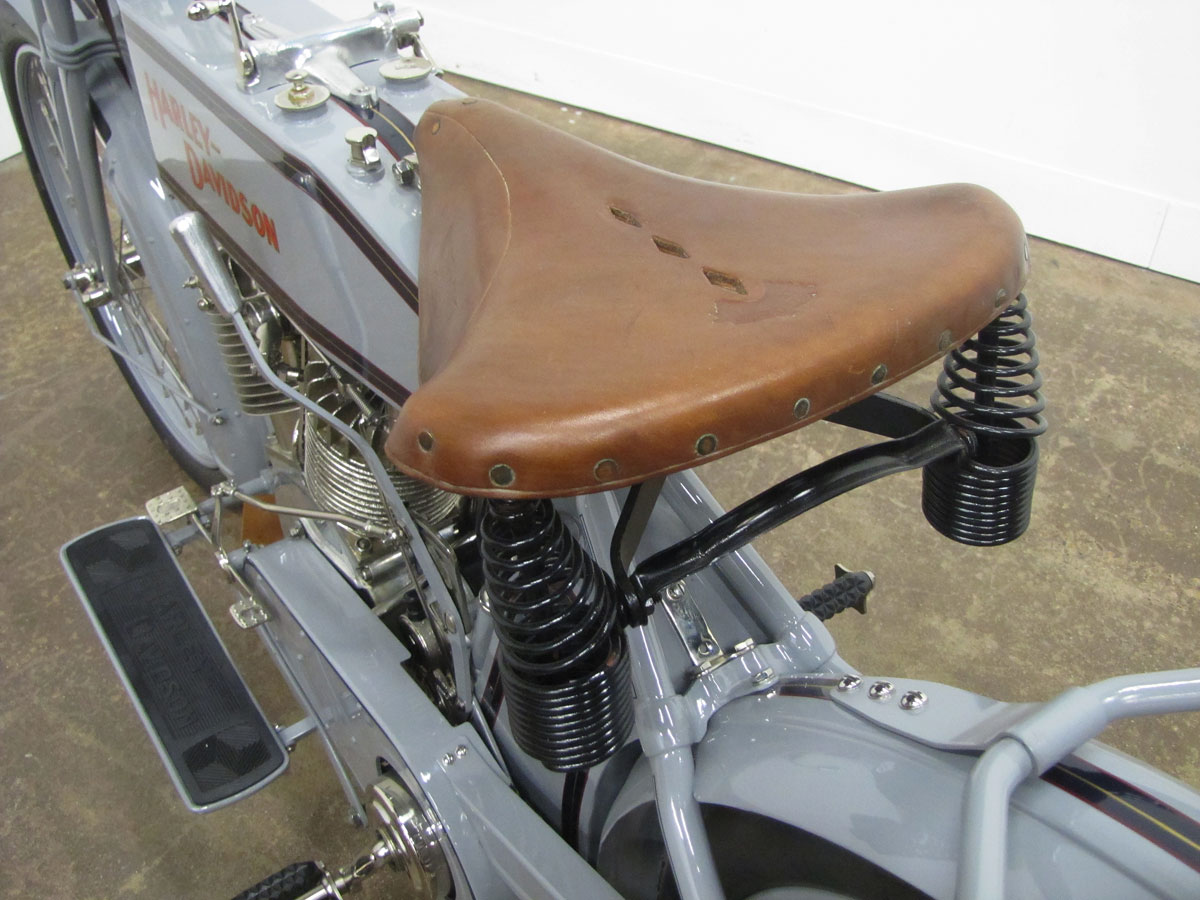 1914-Harley-Davidson-Model-10-F-Twin_17