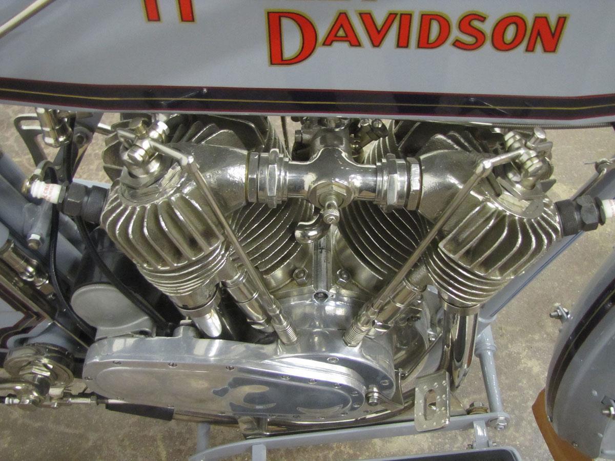 1914-Harley-Davidson-Model-10-F-Twin_38