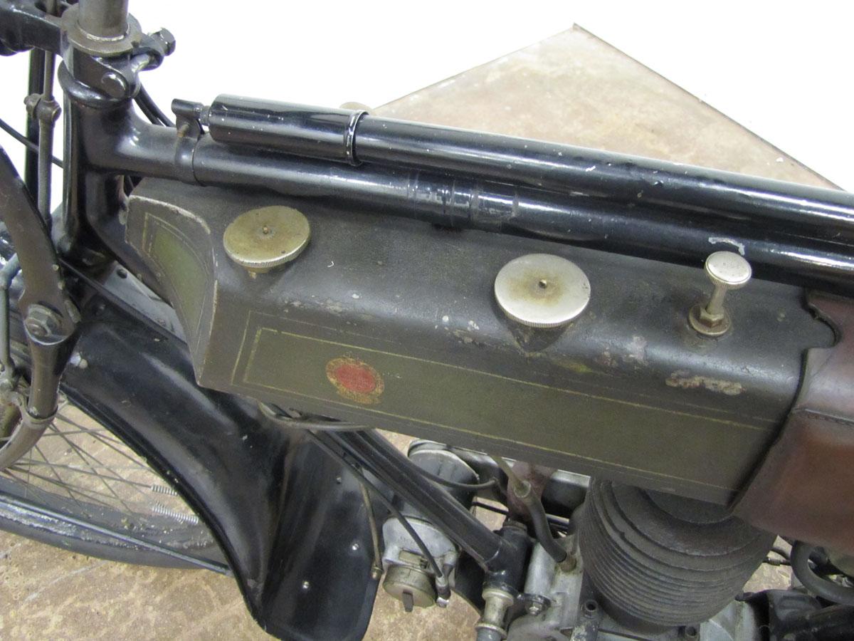 1917-triumph-model-h_12