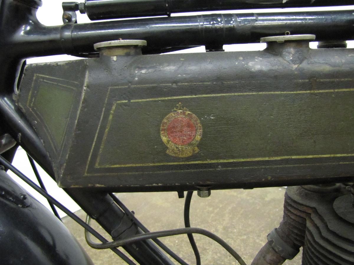 1917-triumph-model-h_13