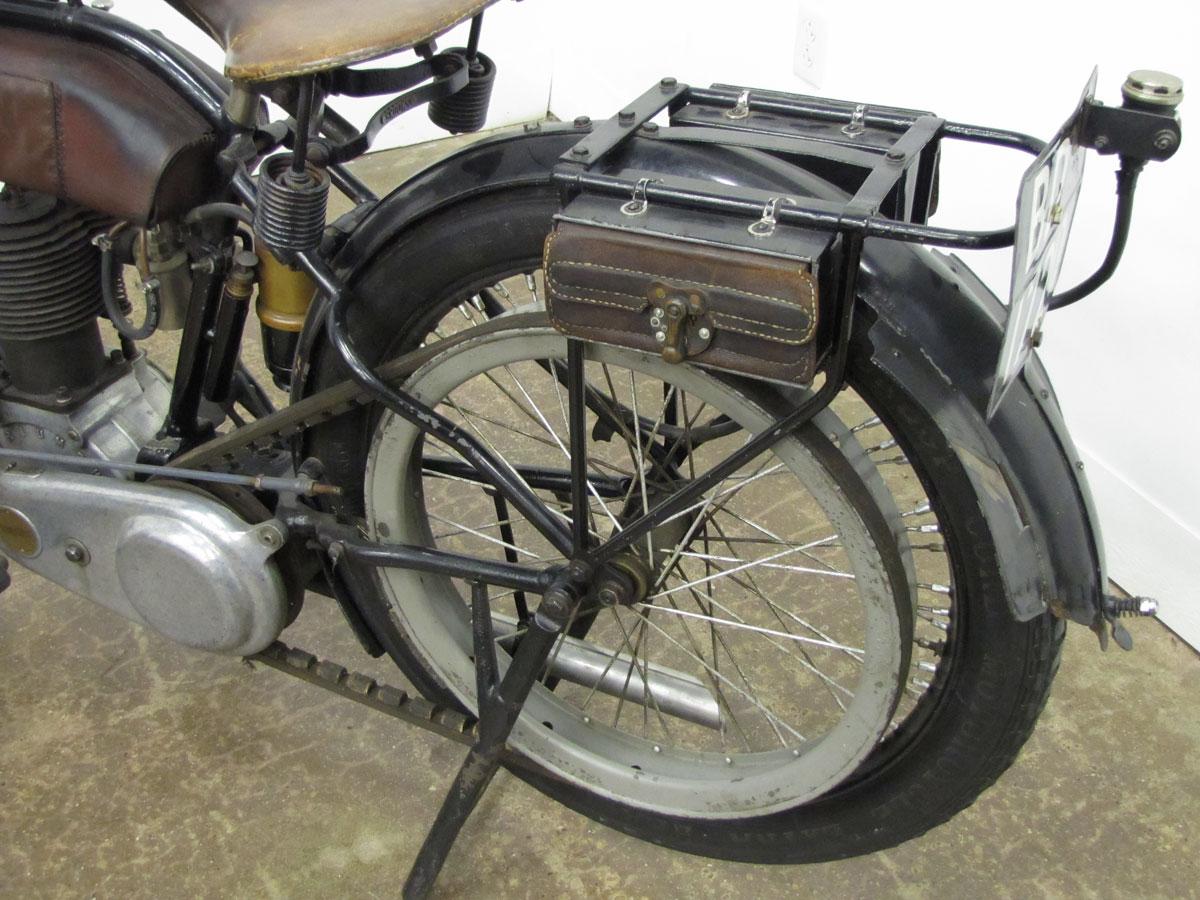 1917-triumph-model-h_27