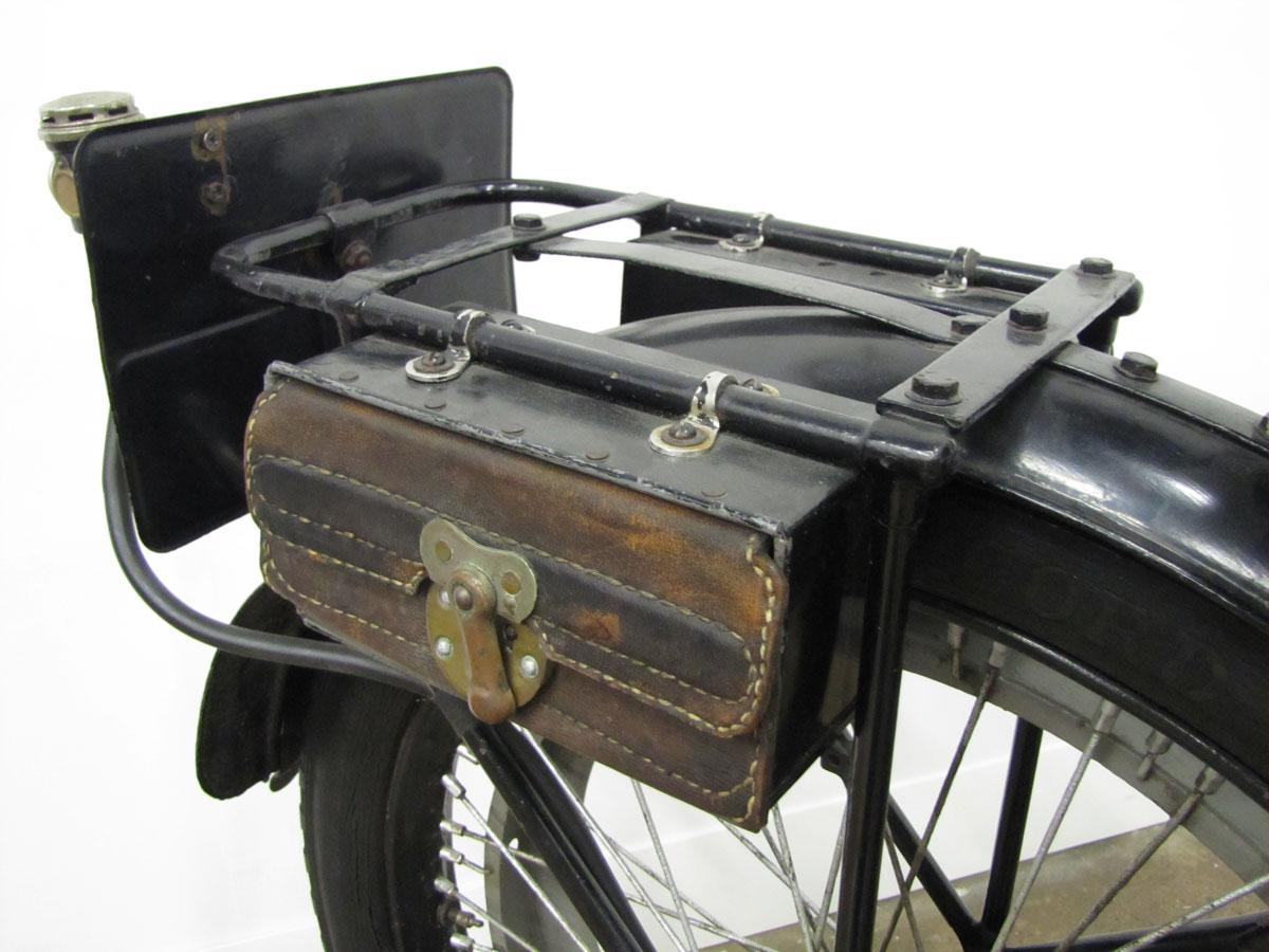 1917-triumph-model-h_28