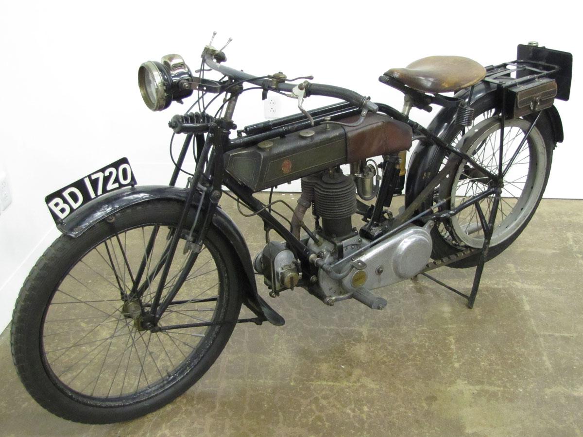 1917-triumph-model-h_3