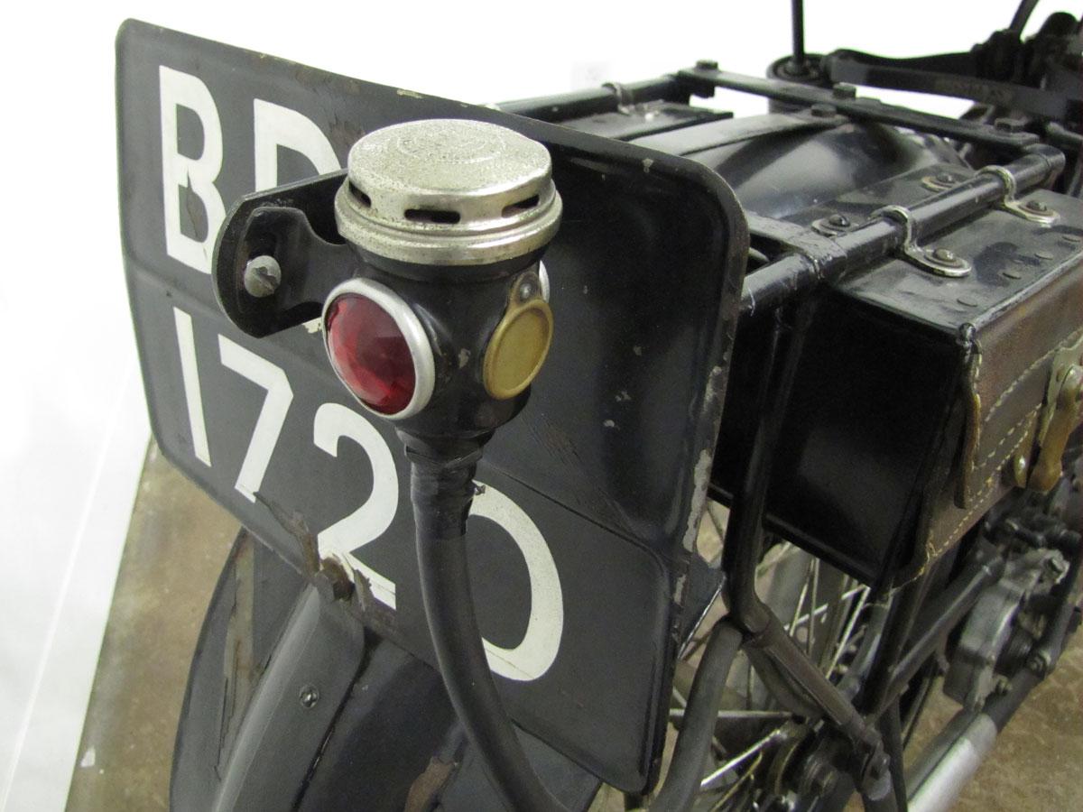 1917-triumph-model-h_31