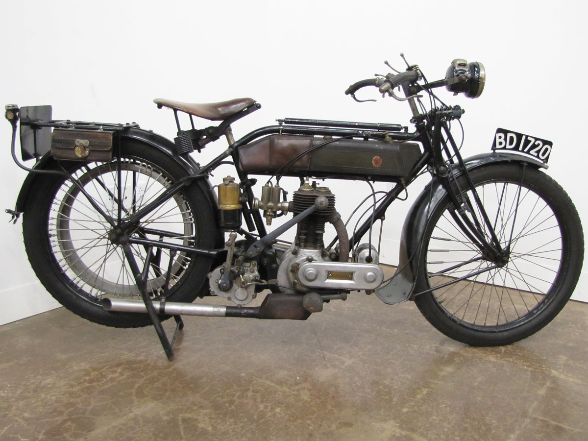 1917-triumph-model-h_4