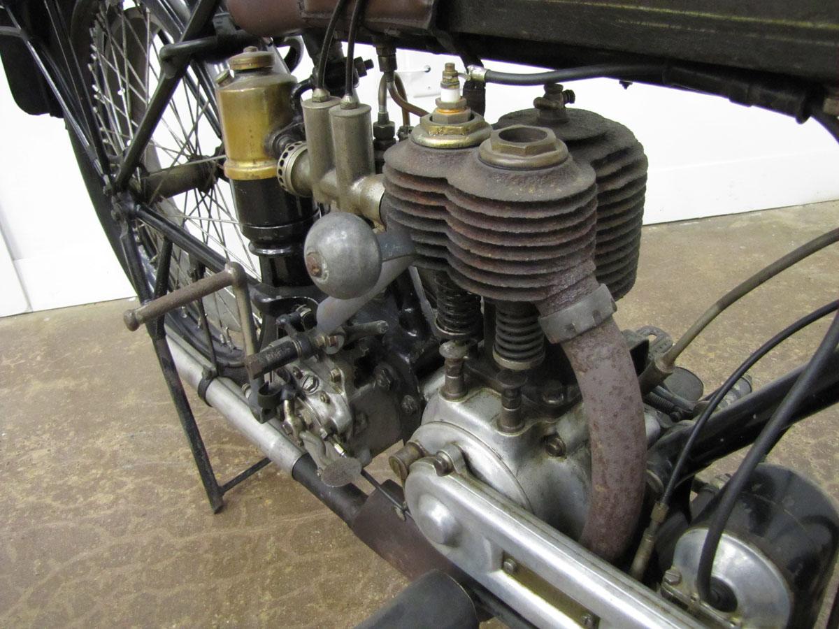 1917-triumph-model-h_43