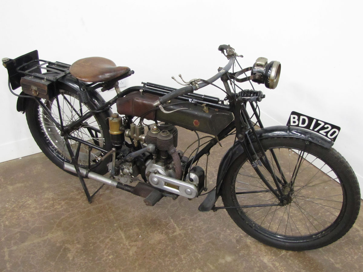 1917-triumph-model-h_6