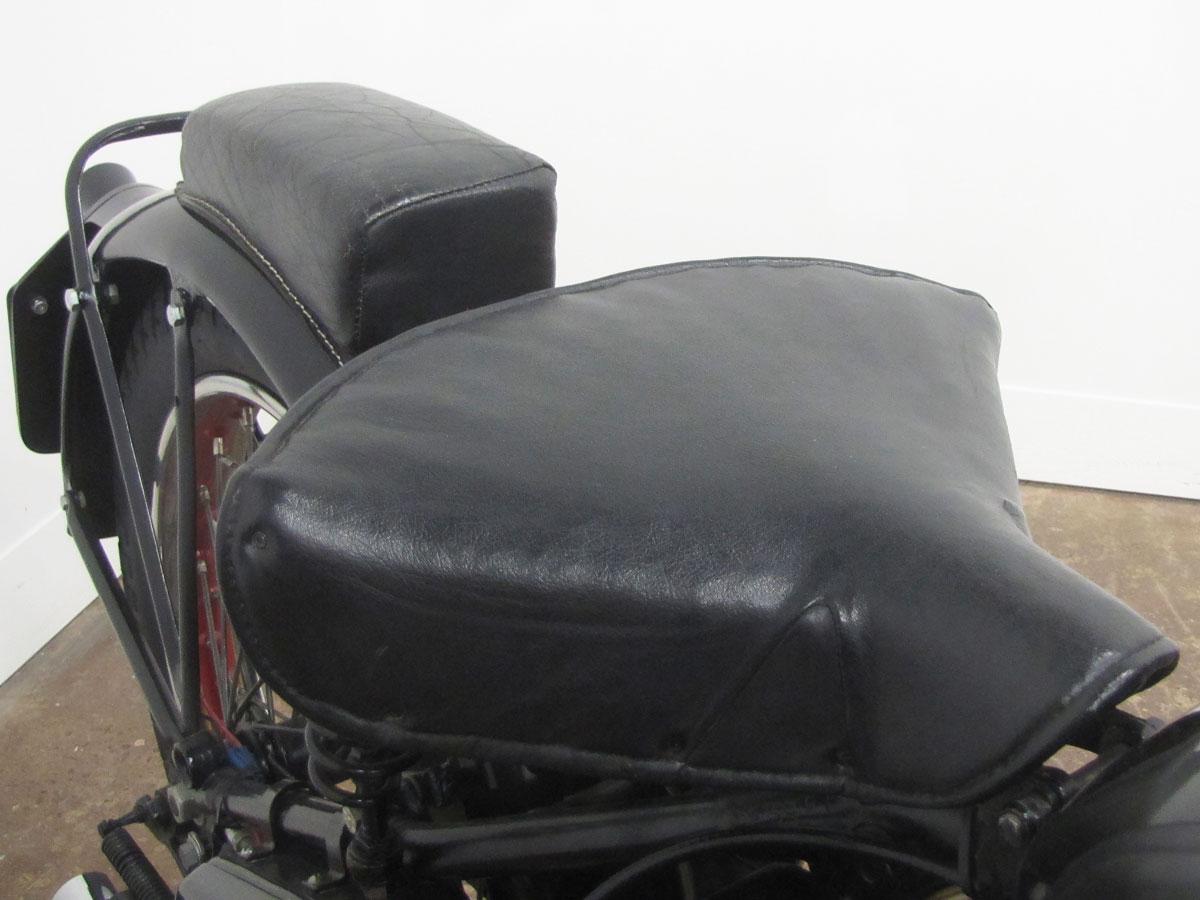1939-ariel-250-red-hunter_18