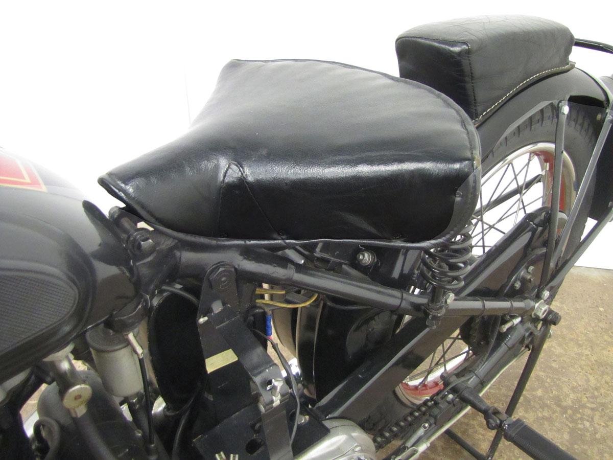 1939-ariel-250-red-hunter_21