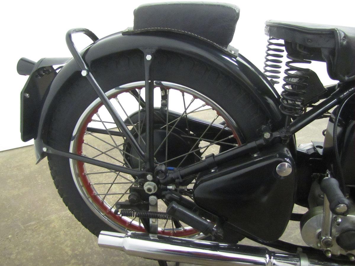 1939-ariel-250-red-hunter_22