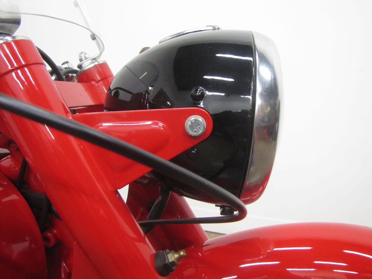 1957-moto-guzzi-falcone-sport_18