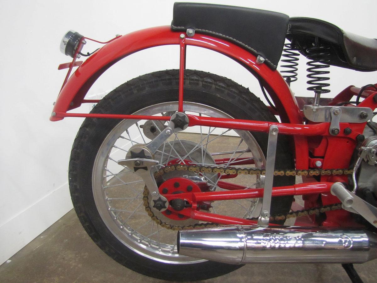1957-moto-guzzi-falcone-sport_24