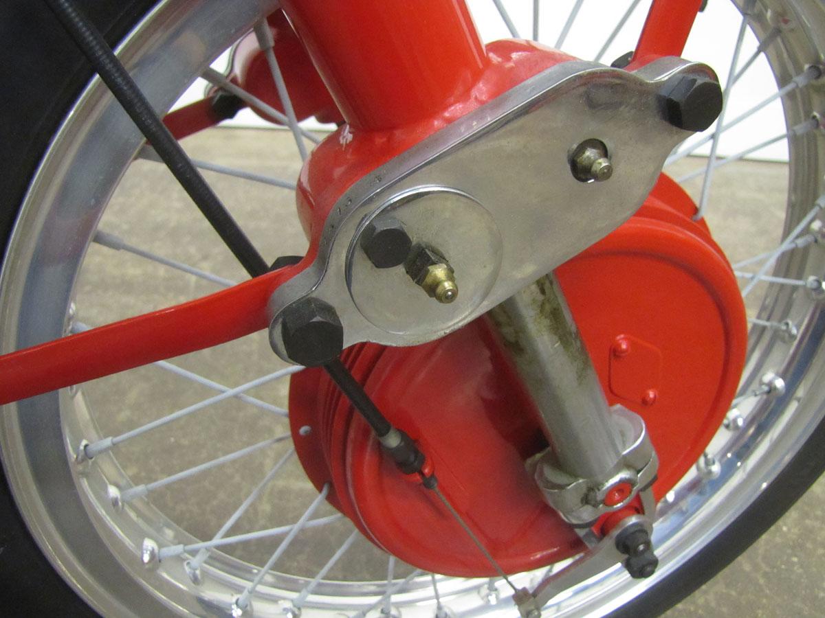 1957-moto-guzzi-falcone-sport_37