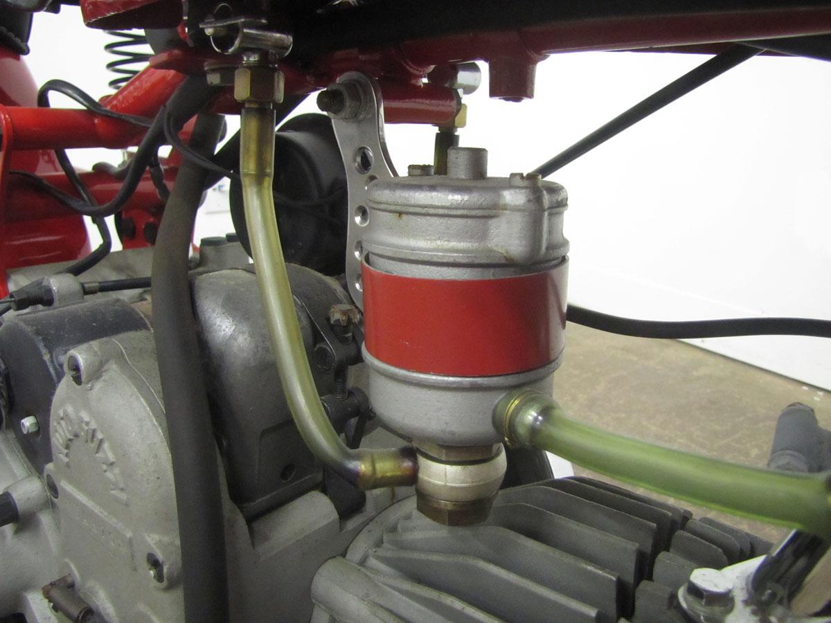 1957-moto-guzzi-falcone-sport_44
