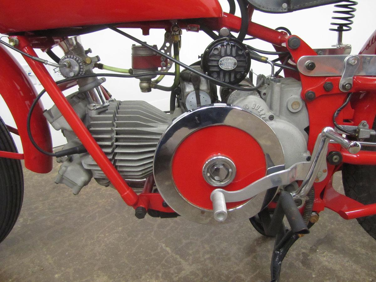 1957-moto-guzzi-falcone-sport_46