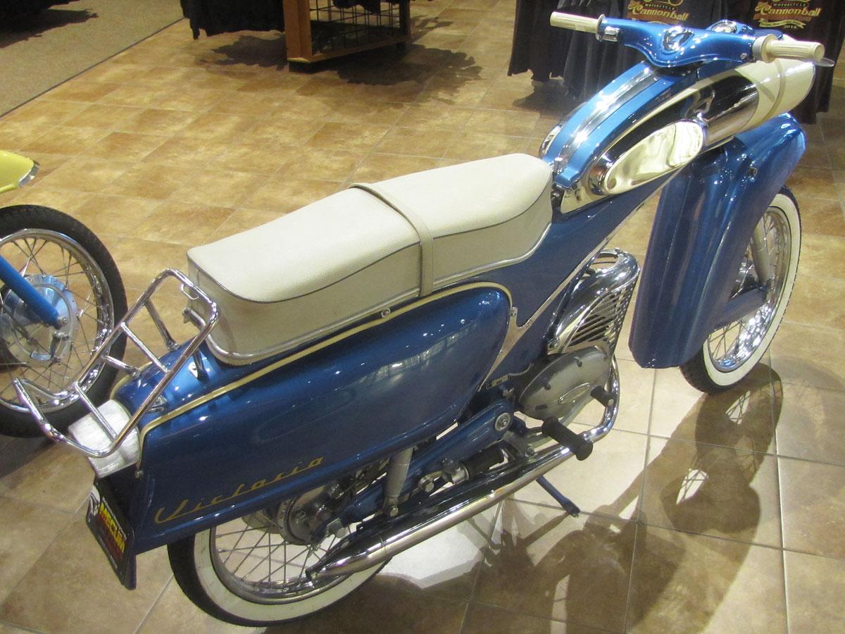 1962-Victoria-155_9