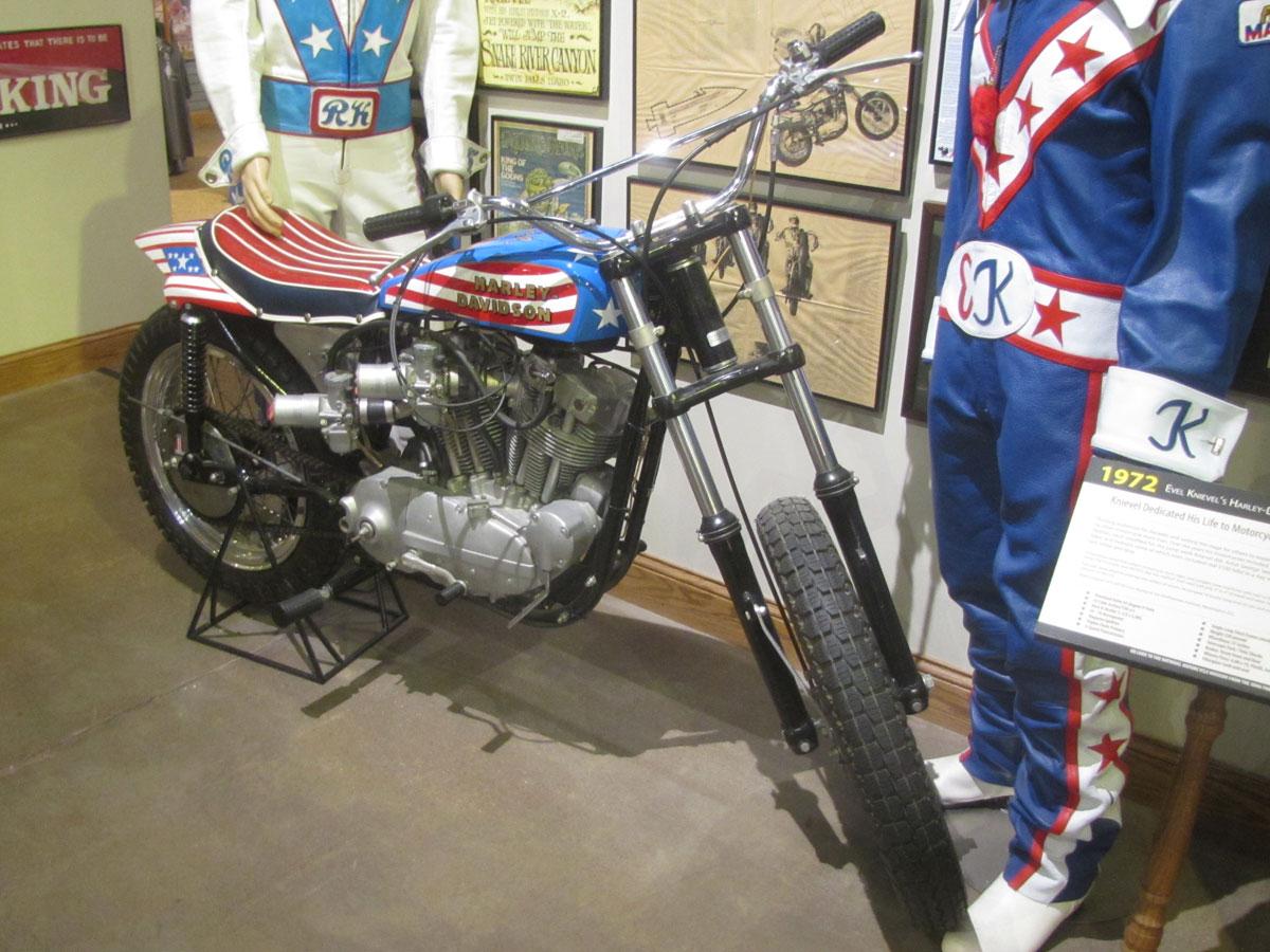 1972-harley-davidson-xr750-evel_2