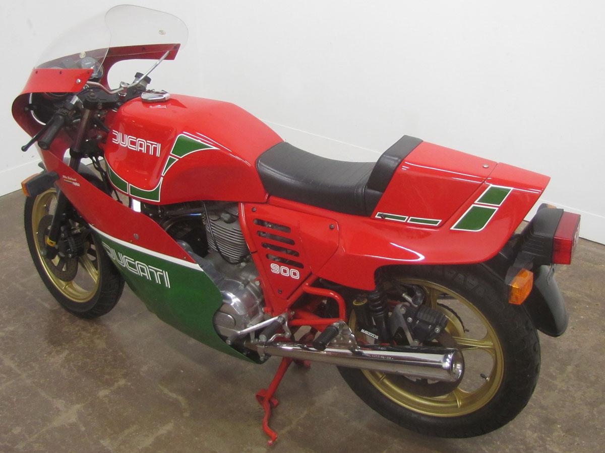 1982-hailwood-ducati-900_8