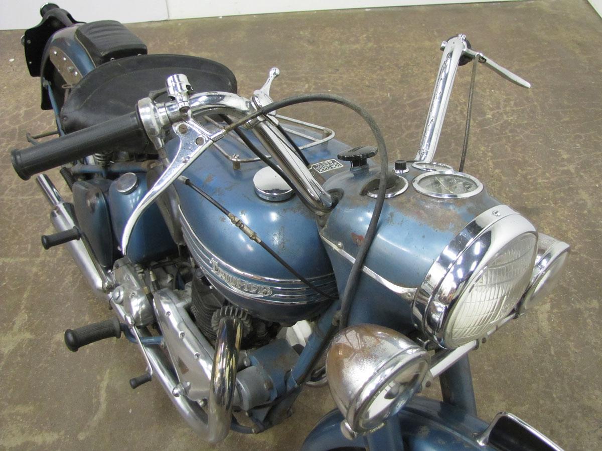 1952-triumph-thunderbird_10