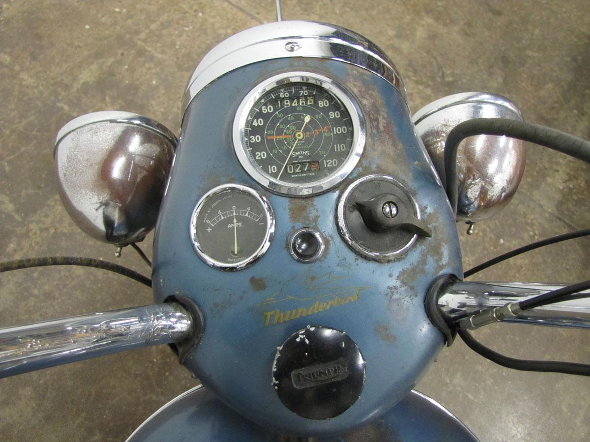 1952-triumph-thunderbird_12